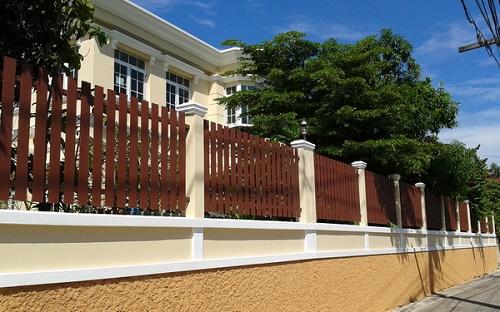 xem mẫu hàng rào đẹp