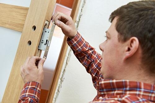 bảng giá ổ khóa cửa gỗ mới nhất hiện nay